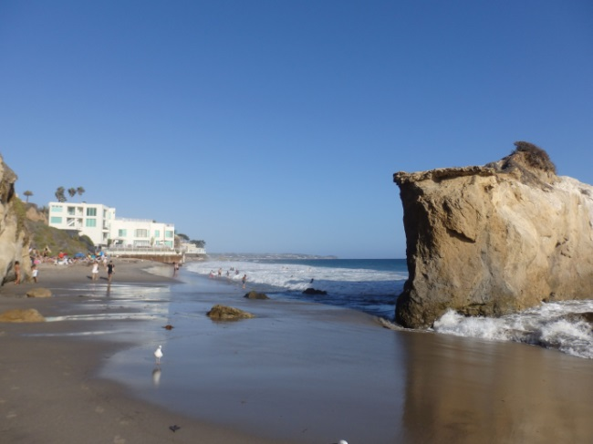 El Matador Beach High Tide