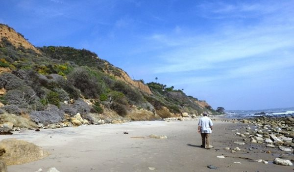 La Piedra Beach Walk